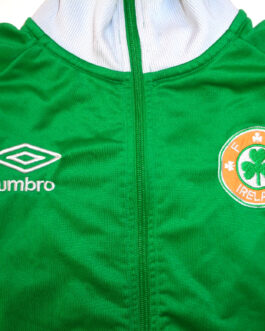 2016/17 IRELAND Training Blouse Track Jacket Football Shirt S Small Umbro