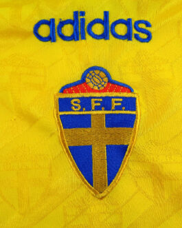 1994/96 SWEDEN Home Football Shirt XL Extra Large Yellow Adidas