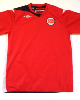 2008/09 NORWAY Home Football Shirt S Small Red Umbro