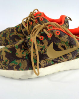 NIKE Roshe Run Tiger Camo Green. UK 7.5 US 8.5 EUR 42 Sneakers 655206-203