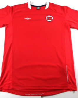 2010/11 NORWAY Home Football Shirt L Large Red Umbro