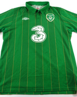 2011/12 IRELAND Home Football Shirt L Large Green Umbro