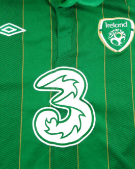 2011/12 IRELAND Home Football Shirt XL Extra Large Green Umbro