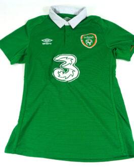 2015/16 IRELAND Home Football Shirt M Medium Green Umbro